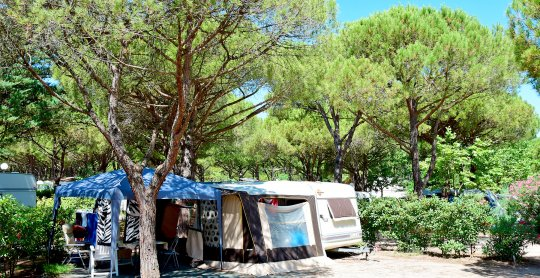 emplacement residentiel le garden camping