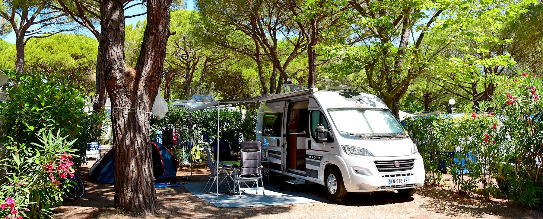 Emplacement De Camping A La Grande Motte Au Garden
